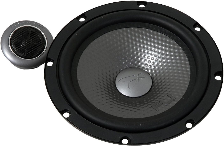 Колонки автомобильные FLI Underground FU6C-F1RFU6C-F1Компонентные двухполосные автомобильные колонки FLI Underground FU6C-F1 обеспечат отличное объемное акустическое звучание и не оставят равнодушными ценителей автозвука. Данная модель имеет 2 больших высокочастотных динамика диаметром 16 см и глубиной установки 53 мм, которые позволяют различать высокие ноты на должном уровне. Особенно слышно это будет в инструментальной музыке, поэтому динамики подойдут тем, кто разбирается в качестве высокочастотного звучания и хочет установить акустическую систему. Колонки FLI Underground FU6C-F1 отлично впишутся в интерьер салона вашего автомобиля, интересный дизайн не оставит их незаметными. Качество сборки определяет их надежность и долговечность, а чистое и глубокое воспроизведение музыки сделает вашу поездку приятным времяпрепровождением.