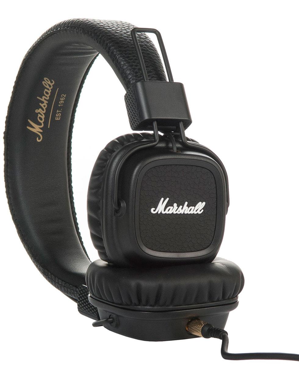 Marshall Major II, Black наушники7340055309851Встречайте Marshall Major II - второе поколение легендарных наушников! Более глубокие басы, четкие высокие частоты, низкий уровень искажений и улучшенная эргономика - разработчики Marshall постарались на славу. Важная особенность данной модели - полностью отсоединяемый кабель, который можно подключать как с левой стороны, так и с правой. Шнур оснащен микрофоном и пультом управления, что позволяет вам всегда оставаться на связи. На каждой чаше находится разъем 3,5 мм, к которому можно подключить динамики или другие наушники. Делитесь своей музыкой в любом месте и в любое время. Ставший классикой дизайн Major теперь приобрел округлые формы и более прочное виниловое покрытие. В остальном Marshall остался верен себе: логотип на чашках наушников, металлические детали золотого цвета и характерная складная конструкция.