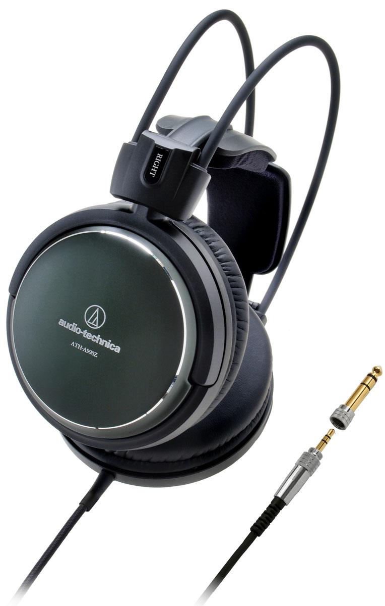 Audio-Technica ATH-A990Z наушники15118420ATH-A990Z – наушники нового поколения серии Art Monitor закрытых Hi-Fi-наушников Audio-Technica. Модель использует специально разработанные 53-миллиметровые драйверы, обеспечивающие премиальный звук высокого разрешения. Система двойного демпфирования воздушных колебаний позволяет получить расширенный частотный диапазон для передачи глубоких басов.Ручная японская сборкаБольшие драйверы диаметром 53 мм обеспечивают премиальное Hi-Fi-звучаниеЛёгкий алюминиевый корпусИнновационное 3D-крепление для комфортного ношения в течение длительного времениМягкие амбушюры наивысшего качестваРасширенный частотный диапазон, глубокие басыТрёхметровый кабель с защитой от спутывания