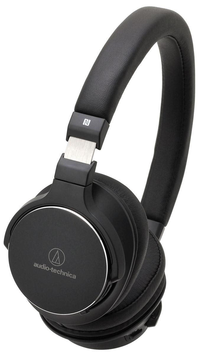 Audio-Technica ATH-SR5BT, Black наушники10102356Audio-Technica ATH-SR5BT – это лёгкие беспроводные наушники с достойным качеством воспроизведения музыки. Интегрированный модуль Bluetooth запоминает до 8 устройств, сопряжение происходит всего лишь одним касанием руки. Проводное подключение также обеспечит вам превосходную чёткость звука благодаря 45-мм драйверам. Специально разработанные 45-мм драйверы До 38 часов непрерывного воспроизведения от аккумулятора Регулировка громкости и управление микрофоном расположены на наушниках для удобного управления Технология NFC позволяет легко выполнять сопряжение одним касанием Пенные амбушюры обеспечивают непревзойденный комфорт