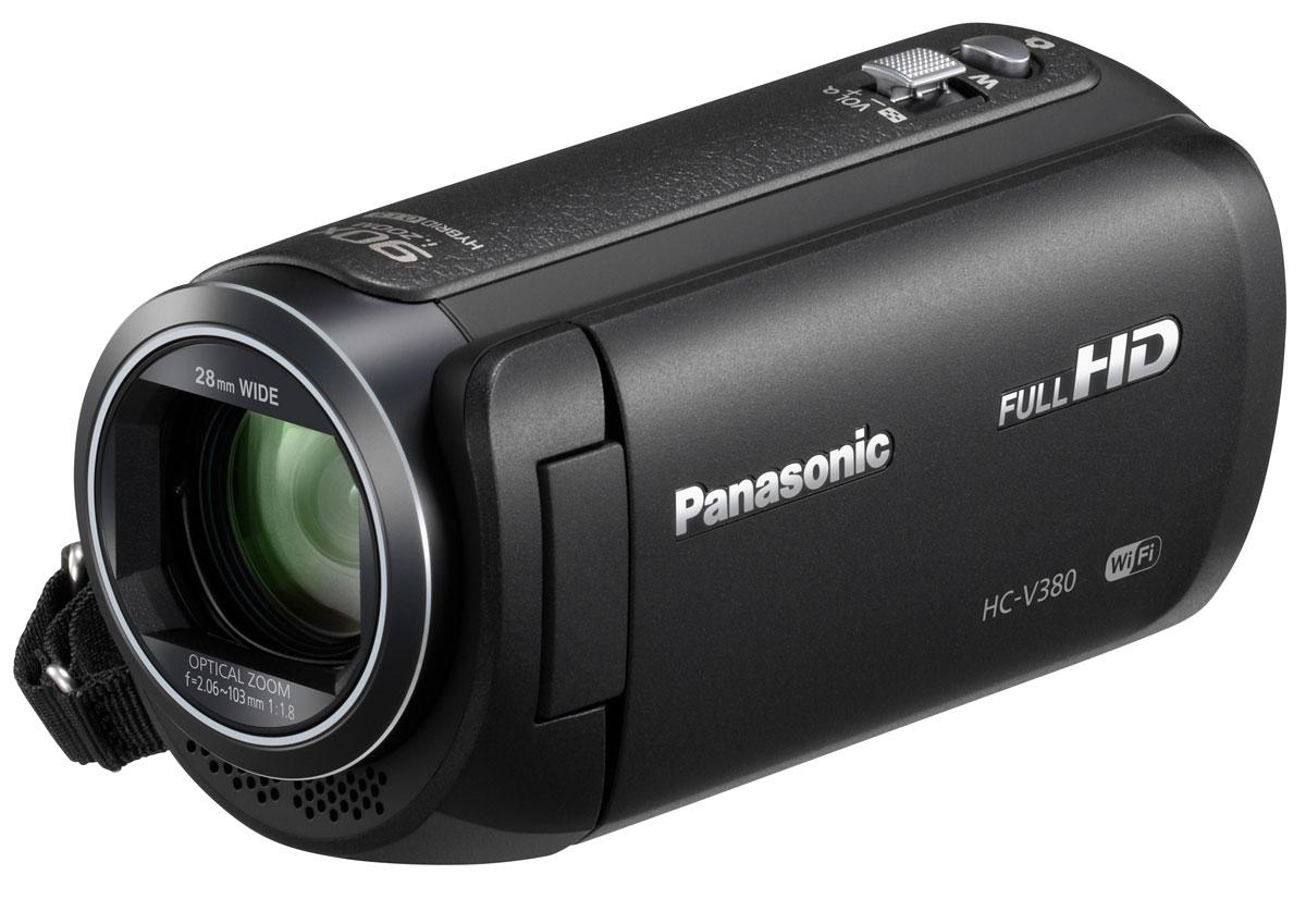 Panasonic HC-V380, Black видеокамераHC-V380EE-KБольше динамичных и эмоциональных воспоминаний С легкостью снимайте удаленные объекты, до которых не добраться с помощью обычного зума, благодаря 90-кратному интеллектуальному зуму. Вы также можете использовать 50-кратный оптический зум, чтобы приближать объекты и добавить больше эмоций и динамики к вашим домашним съемкам. Правильный уровень горизонта в любой ситуации Функция выравнивания изображения автоматически определяет и исправляет наклон сделанных снимков, так что вы можете не отвлекаться от съемки. В зависимости от условий съемки можно выбрать один из трех параметров выравнивания (выкл., обычное, сильное). Чистый результат без размытия Пятиосевая стабилизация HYBRID O.I.S.+ предотвращает размытие изображения, вызванное дрожанием камеры при любом положении объектива: от широкого угла до максимального фокусного расстояния. Это позволяет делать четкие и чистые снимки без размытия практически в любых ситуациях. С легкостью...