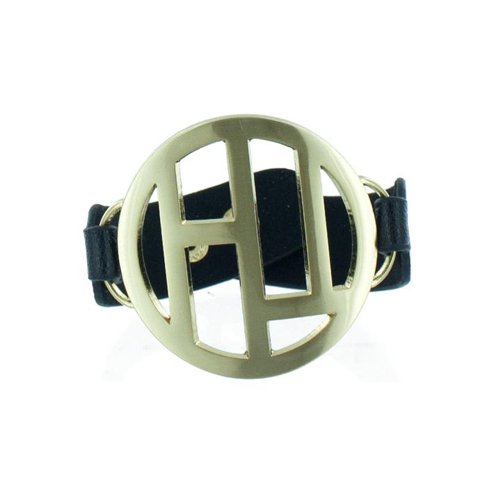 Браслет женский Taya, цвет: золотой, черный. T-B-5488-BRAC-GL.BLACKT-B-5488-BRAC-GL.BLACKМодный браслет дополнит повседневный и праздничный образ, подчеркнув достоинства женской ручки.