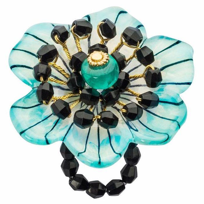 Кольцо Lalo Treasures G&G, бирюзовый, золотой, черный. R6971mR6971mИзысканное кольцо оригинального дизайна Lalo Treasures изготовлено из ювелирной смолы ярких цветов. Изделие выполнено в виде утонченного цветка. Скругленные углы элемента идеально подходят для нежных женских пальцев - изящество и сама элегантность. Очень винтажно смотрится на руке. Кольцо Lalo подчеркнет вашу утонченность и изысканный вкус. Изделие регулируется по размеру.