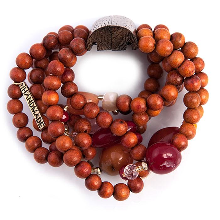 Браслет Selena Enigma, цвет: коралловый. 4005015040050150Изящный браслет Selena изготовлен из ювелирной смолы, пальмового дерева и ювелирного стекла. Браслет состоит из нескольких нитей, на которые нанизаны бусины, бисер и декоративные элементы. Гальваническое покрытие: золото. Стильный браслет поможет дополнить любой образ и привнести в него завершающий яркий штрих.
