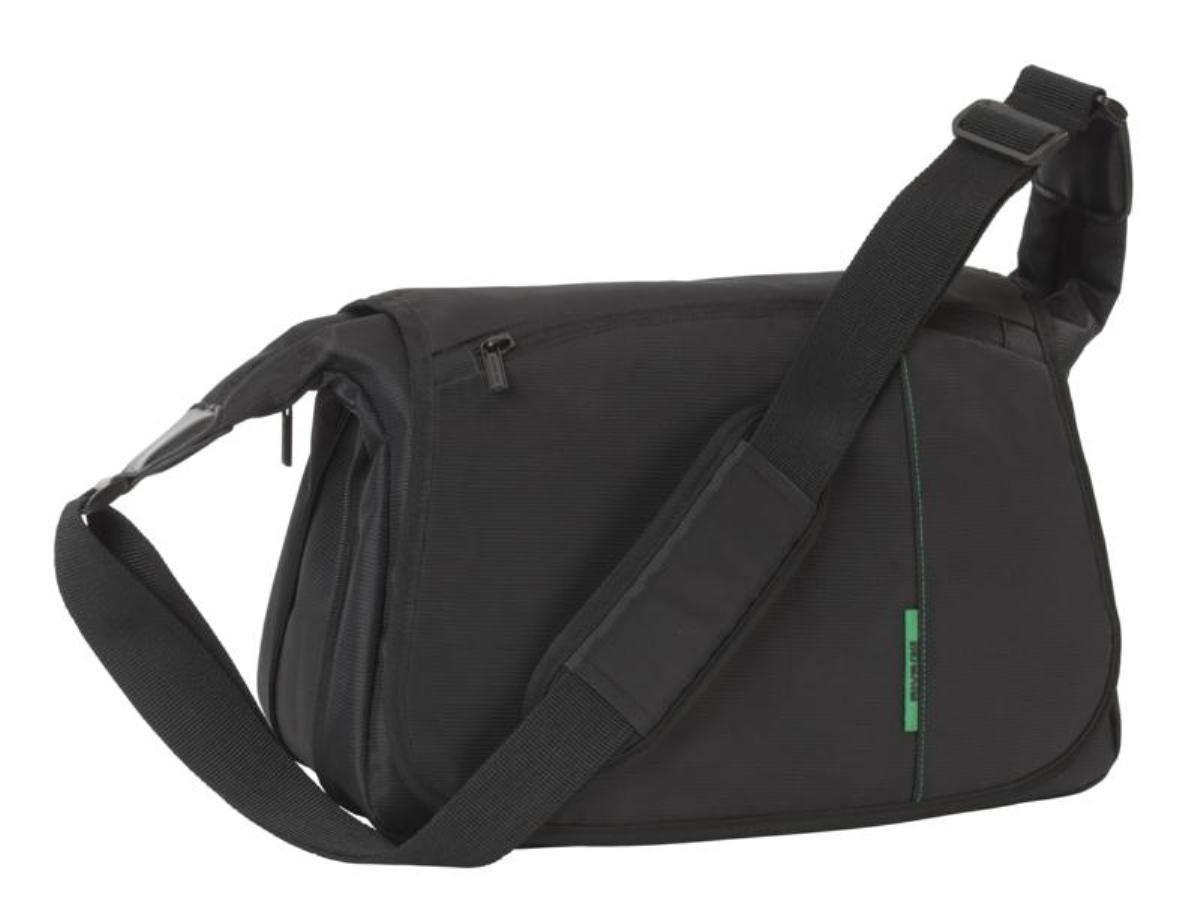 Riva 7450 SLR Case, Black сумка для зеркальной фотокамеры6503Riva 7450 SLR Case - это многофункциональный мессенджер для зеркальной фотокамеры с установленным объективом и отделением для планшета. В сумке предусмотрена возможность изменения полезного объема, благодаря застежке молнии расположенной на внешней стороне дна сумки. Также дополнительно возможно разместить 2 объектива и вспышку с помощью системы внутренних передвижных перегородок. В Riva 7450 SLR Case есть специальное внутреннее отделение для планшета до 10.1. Для переноски предусмотрены регулируемый наплечный ремень с мягкой накладкой.
