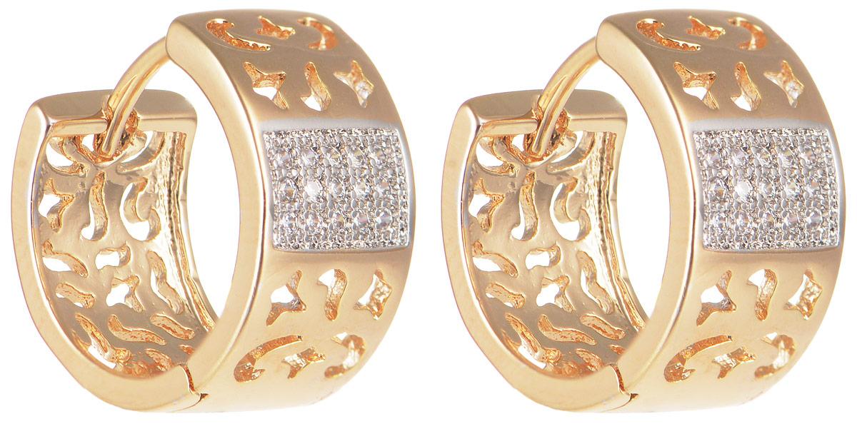 Серьги Taya, цвет: золотистый. T-B-11672T-B-11672-EARR-GOLDМодные позолоченные серьги Taya изготовлены из бижутерного сплава и оформлены цирконами. Застегивается изделие с помощью замка-конго. Оригинальные серьги внесут изюминку, как в повседневный, так и в выходной образ и позволят выделиться среди окружающих.