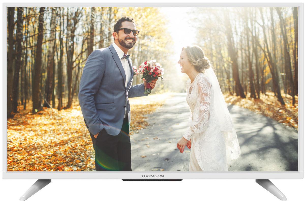 Thomson T32D16DH-01W телевизорT32D16DH-01WThomson T32D16DH-01W - идеальный выбор для тех, кто ищет стильный ЖК-телевизор с ярким качественным экраном, обладающий востребованными функциями. Дисплей выполнен с применением технологии D-LED, что улучшает качество картинки и повышает энергоэффективность. Телевизор способен принимать сигнал цифрового телевидения DVB-T2 без дополнительного тюнера. Еще одно существенное преимущество модели - возможность воспроизведения файлов с USB-накопителей, благодаря которым можно просматривать видео с внешних носителей без использования видео-плеера. Имеются 3 HDMI-входа, благодаря которым к телевизору могут подключаться современные устройства, поддерживающие разрешение высокой четкости. Thomson T32D16DH-01W обладает рядом функций, позволяющих добиться наилучшего качества картинки и звука. В их числе шумоподавление и динамический контраст. Кроме того, телевизор оснащен удобной функцией TimeShift, благодаря которой при условии подключения к ТВ...