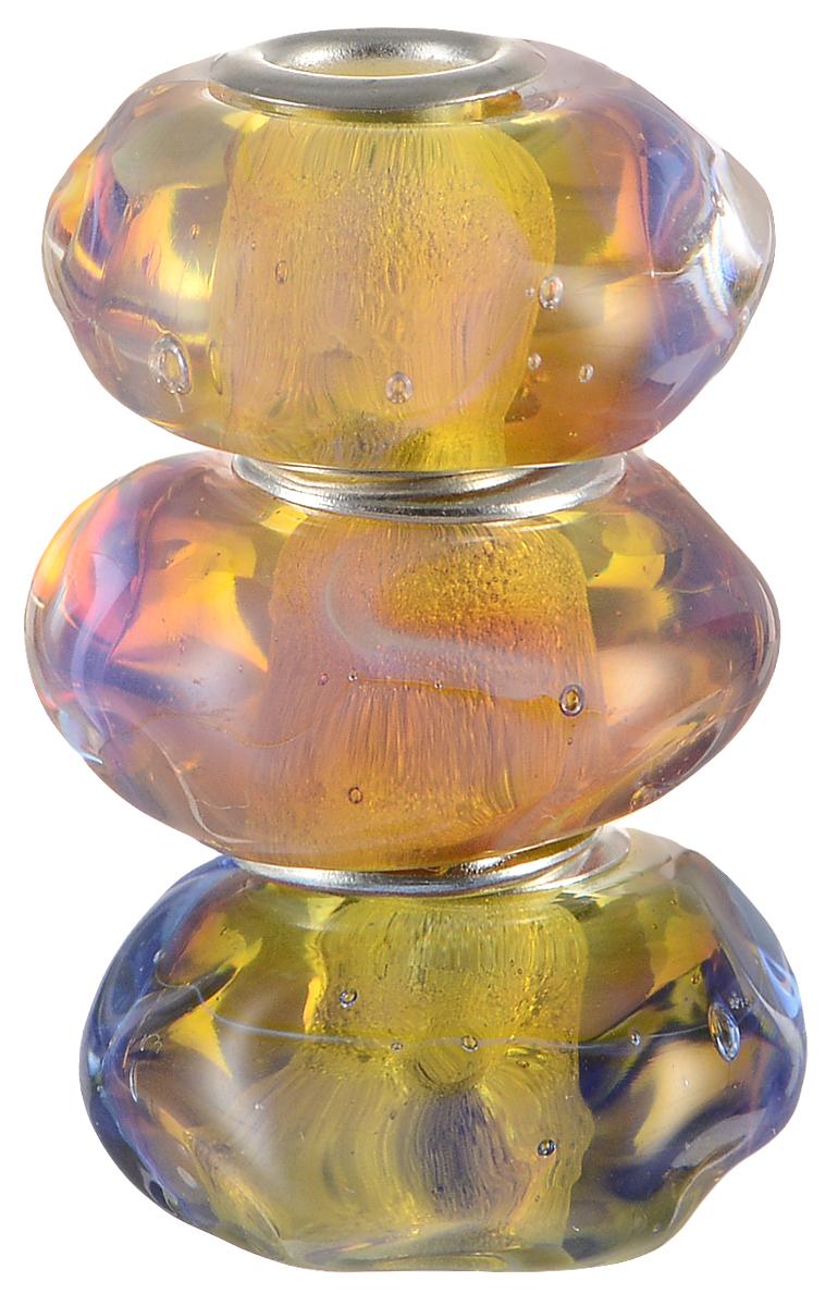 Европейские бусины Золотые яблоки солнца, 3 штуки, цвет: сиреневый, желтый, серебряный. Ручная авторская работа. PDD012PDD012Стильные бусины ручной работы Золотые яблоки солнца не оставят вас равнодушной, благодаря своему дизайну. Они изготовлены из стекла, а металлическая фурнитура выполнена в стиле Пандора. Этот цвет европейских бусин - расплавленная плазма светила, отраженная в стекле. Это тепло, которое сквозь лед космоса доходит до нашей планеты, чтобы та, проснувшись от холода ночи - расцвела. Такие бусины помогут вам создать свои собственные яркие украшения.