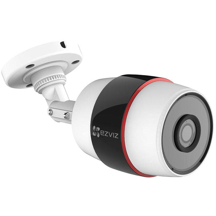 Ezviz C3S (Wi-Fi) внешняя камера видеонаблюденияCS-CV210-A0-52WFR(4MM)Ezviz C3S (Wi-Fi) - компактная IP-камера с Full HD качеством видео и ИК-подсветкой. Данная модель имеет прочный и надёжный корпус, который обеспечивает работу камеры на улице. Для питания устройства можно использовать стандартный адаптер, который входит в комплект. Камера наблюдения непрерывно записывает видео в Full HD-разрешении (1920x1080 - 25 к/с), выдавая четкое и детализированное видео без артефактов, солнечных бликов и засветов. Угол обзора оптики составляет 107,5° по диагонали, что позволяет захватить в кадр всю лестничную клетку или значительную часть открытого пространства (стоянки, склада и т.д.). Для работы в темноте предусмотрена функция ночной съемки с помощью инфракрасной подсветки, эффективная дальность которой равна 30 метрам. Также устройство оснащено детектором движения. Просмотреть видео в режиме реального времени можно прямо с экрана смартфона или планшета на которых установлено специальное приложение. Также возможна...