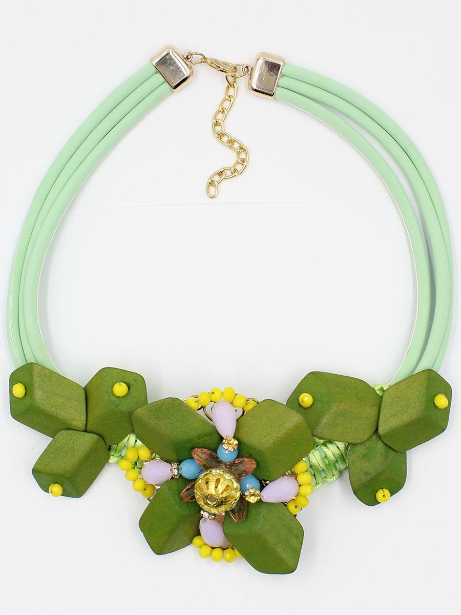 Колье Taya, цвет: светло-зеленый . T-B-12019-NECK-LT.GREENT-B-12019-NECK-LT.GREENКолье выполнено как настоящий арт-объект из экологически чистых натуральных материалов.