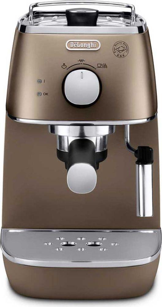 DeLonghi Distinta ECI341, Bronze рожковая кофеварка0132104145Стильная рожковая кофеварка DeLonghi ECI 341 из коллекции Distinta выполнена в бронзовом цвете. Два раздельных термостата отображают температуру воды и пара. Поддержка давления и температуры экономит время - кофеварка готова к работе в любое время. Контейнер для воды легко снимается для наполнения. Подставка для чашек с подогревом повышает комфорт эксплуатации. Регулируемая подача пара Функция подачи горячей воды Система поддержания давления и температуры Съемный поддон для капель Фильтр для кофе 2 в 1 (молотый и чалды) с устройством Crema Фильтр с системой двойного дна (DF) Материал бойлера: нержавеющая сталь