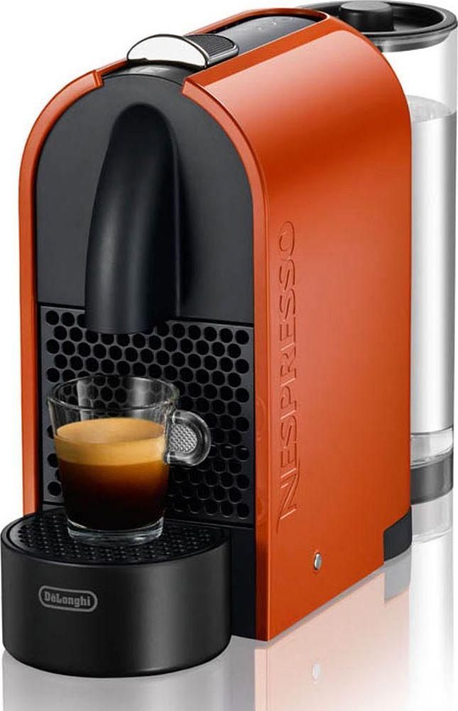 DeLonghi EN 110.O Nespresso кофемашина0132191089DeLonghi EN 110.O - полностью автоматическая кофемашина с лаконичным и простым дизайном. Вызывающий корпус оранжевого цвета не оставит никого равнодушным.Автоматическое завариваниеВам нужно только поместить капсулу в машину и закрыть крышку чтобы активировать процесс приготовления любимого эспрессо.Также имеется возможность выбрать удобное положение емкости для воды и 3 различных позиции подставки для чашек на магните.Части корпуса, не имеющие контакта с кофе, изготовлены из переработанного пластика.Автоматическое и программируемое количество воды на порциюЭнергосберегающий режимНастройки: 25 мл для ристретто, 40 мл для эспрессо и 110 мл для лунгоАвтоматический выброс капсул