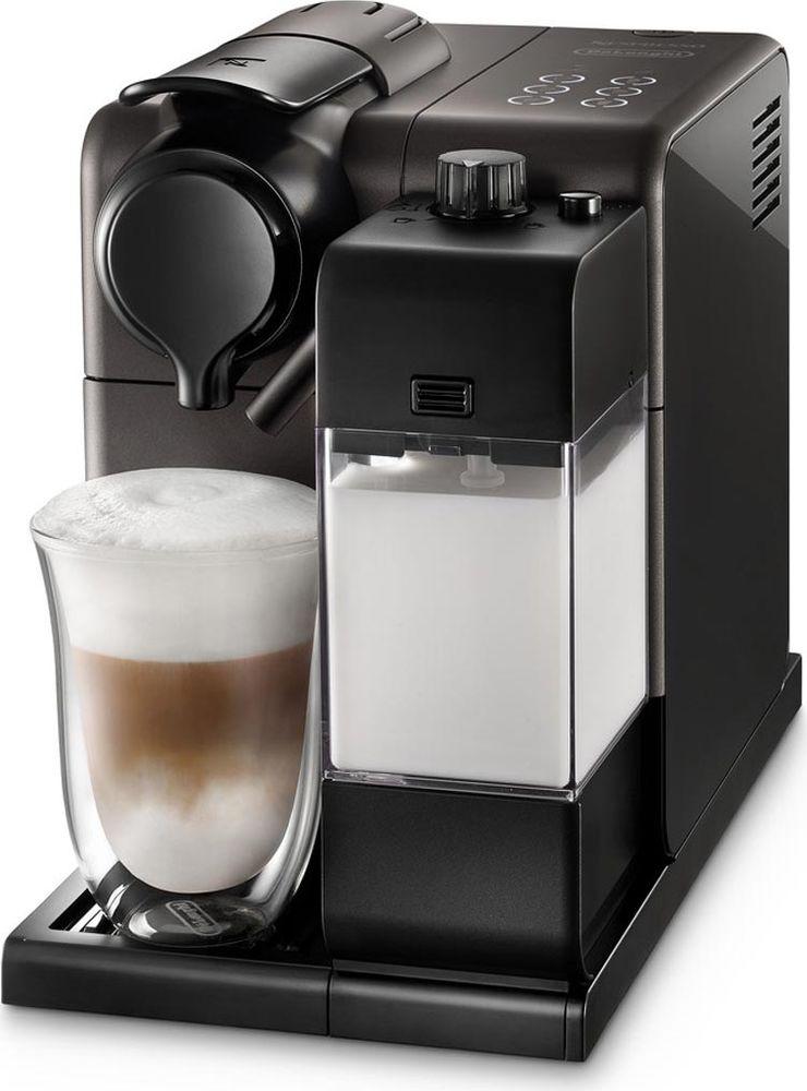 DeLonghi EN550.BM Nespresso Lattissima Touch, Black Metal кофеварка0132193228Кофемашина DeLonghi Lattissima Touch EN 550 позволит вам приготовить любимые кофейно-молочные напитки у себя дома всего одним касанием. Создавайте оригинальные рецепты с новой функцией приготовления молочной пенки. Предусмотрены программы приготовления капучино, латте-макиато, ристретто, эспрессо, кофе лунго и горячего молока. Можно настроить и сохранить в памяти машины количество кофе и молока на одну порцию для каждого из шести видов напитков. Функция автоматического отключения экономит электроэнергию.