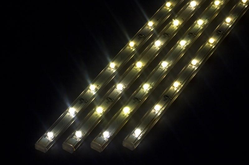 Светодиодный светильник линейный, 4 шт х 25см. Цвет теплый белый (3000К)