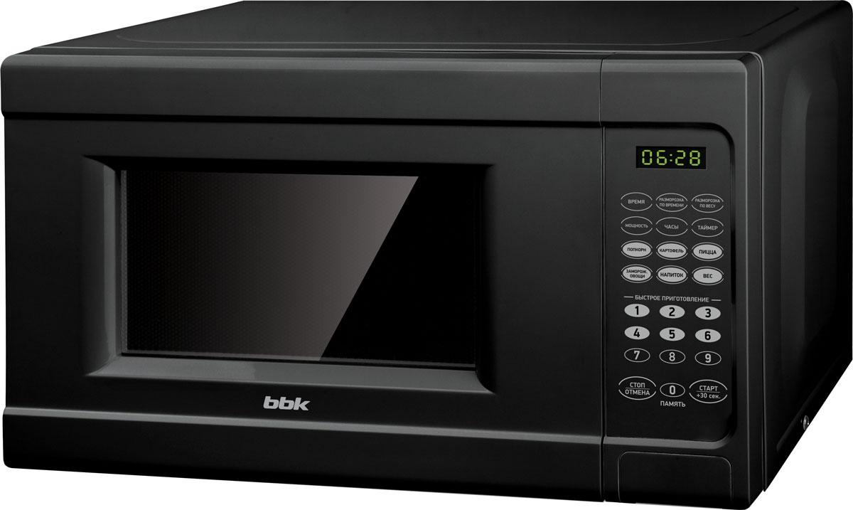 BBK 20MWS-727S/B, Black СВЧ-печь20MWS-727S/B/RUЧерная микроволновая печь BBK 20MWS-727S/B станет идеальным дополнением к кухне, выполненной в темных тонах, или составит контраст светлому интерьеру. Благодаря функциям разморозки, приготовления и разогрева она способна превратить начальные ингредиенты или полуфабрикаты в полностью готовое блюдо. Таймер на 99 минут и 10 уровней мощности позволяют задать точные настройки. Сохранить свои часто используемые программы приготовления можно при помощи функции Память, а для наиболее общепринятых популярных продуктов предусмотрена функция Автоменю. Программа многоступенчатого процесса, в которую можно включить и разморозку и приготовление продуктов, дает возможность меньше отвлекаться и экономит ваше время. Диаметр поворотного стола: 255 мм