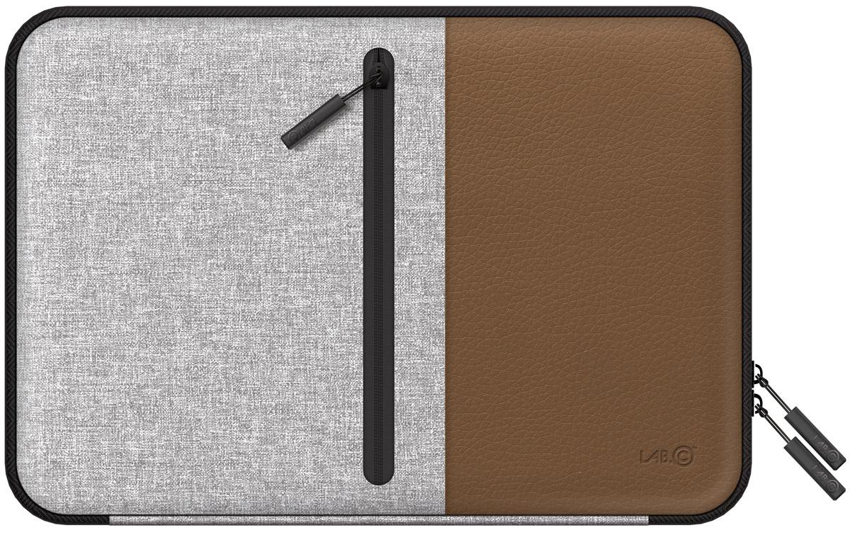 LAB.C Pocket Sleeve, Brown чехол для ноутбука 13LABC-450-BRСтильный и удобный чехол LAB.C Pocket Sleeve для ноутбуков диагональю 13. Выполнен из кожзаменителя и ткани, которые обеспечат надежность и сохранность устройства. Ноутбук надежно закрывается в основном отделении замком на молнии. Кроме того, на внутренней стороне имеется дополнительный карман для различных мелочей и принадлежностей. Внешняя сторона имеет специальную ручку, которая обеспечит комфорт и удобство при переноске ноутбука.