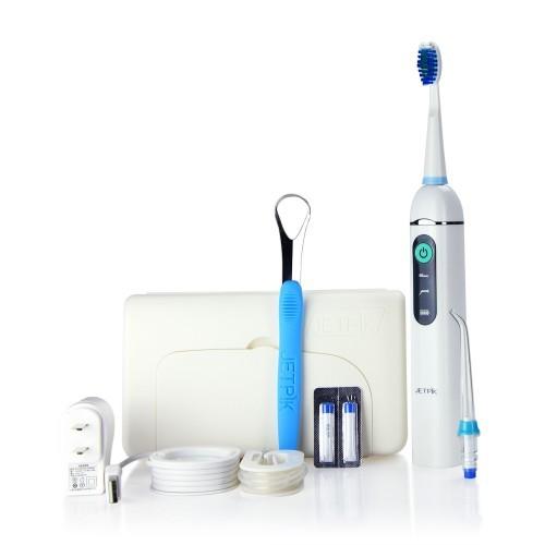 Ирригатор полости рта Jetpik JP200-TravelJA05-105-02Ирригатор полости рта Jetpic JP200-Travel сочетает в себе очищающее действие зубной нити (смарт-флосса), воды и воздуха. В ирригатор добавлена функция звуковой зубной щетки. Легкий в использовании, очень эффективный и экономит время Здоровые десны и чистые зубы уже через 7 дней. Клинически доказано, что удаляет до 99% зубного налета. Инновационная комбинация давления воды и пульсирующей флосс- системы (20-25 колебания в сек) удаляет остатки пищи глубже и быстрее, между зубами и ниже линии десен, в труднодоступных местах вокруг брекетов, между зубными имплантатами и коронками. Пульсирующая под давлением воды смарт флосс- система создает дополнительную силу трения. Лабораторно доказано что JETPIK на 240% более эффективно удаляет зубной налет и биопленку, чем обычные водные ирригаторы. Эффективный, безопасный и простой в использовании. Идеально подходит для тех, кто с имплантатами, коронками, брекет-системами, мостовидными протезами, пародонтальными карманами. Портативный и...