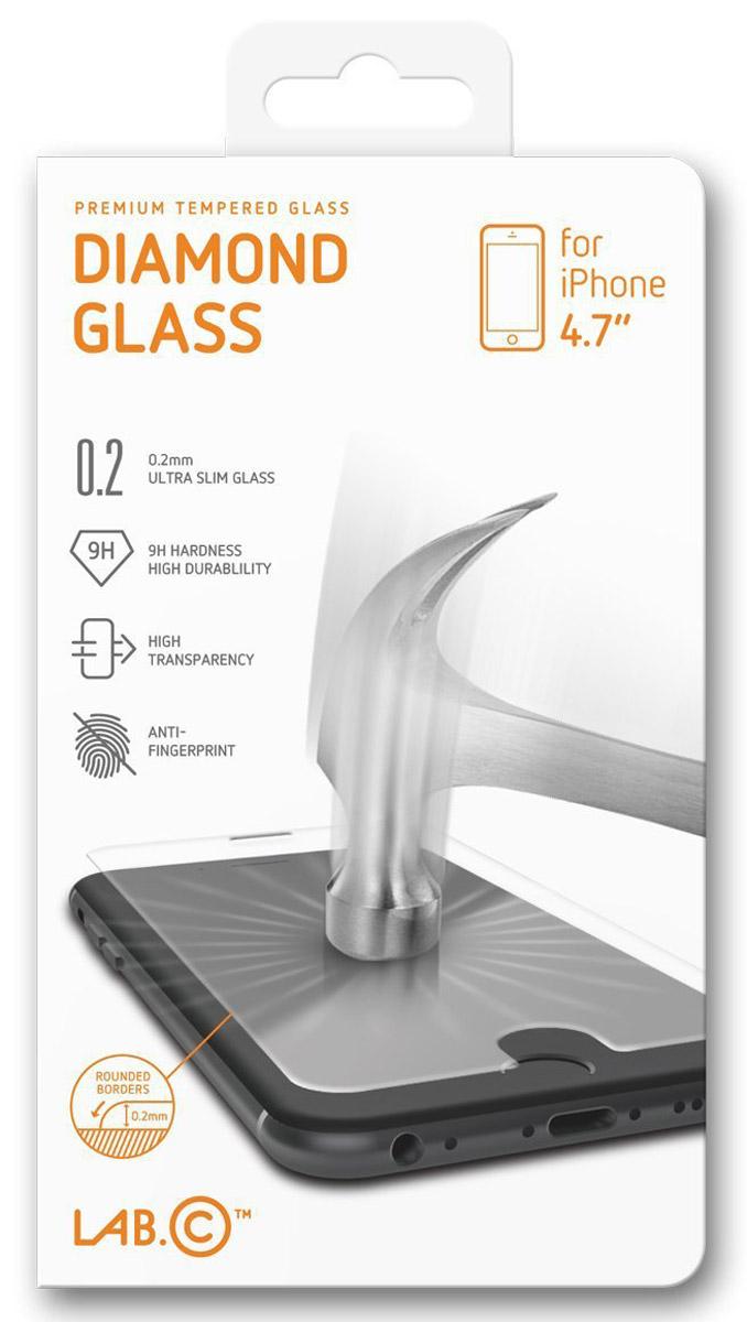 LAB.C Diamond Glass защитное стекло для Apple iPhone 6/6sLABC-305Защитное стекло LAB.C Diamond Glass для Apple iPhone 6/6s обеспечивает надежную защиту сенсорного экрана устройства от большинства механических повреждений и сохраняет первоначальный вид дисплея, его цветопередачу и управляемость. В случае падения стекло амортизирует удар, позволяя сохранить экран целым и избежать дорогостоящего ремонта. Стекло обладает особой структурой, которая держится на экране без клея и сохраняет его чистым после удаления.