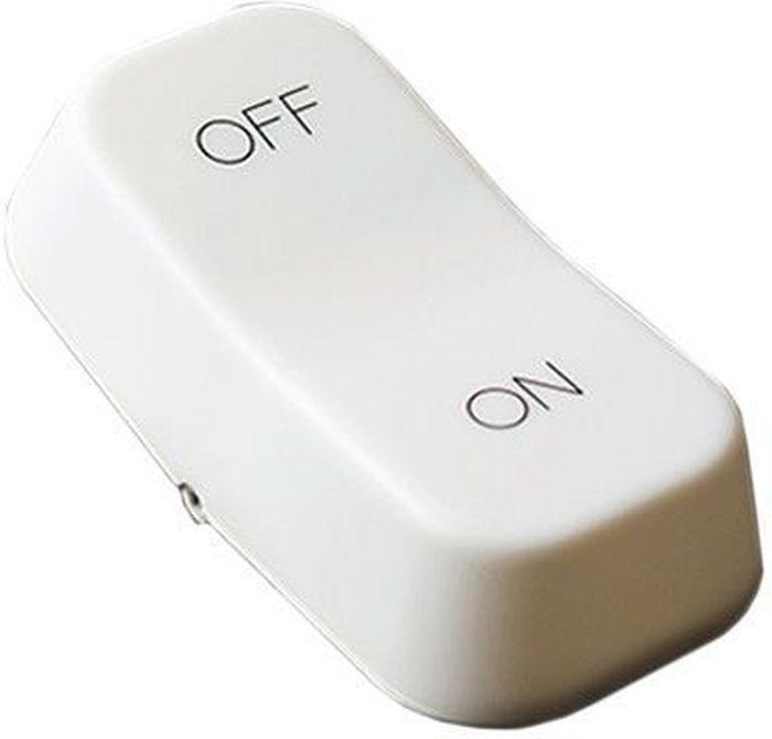 Ночник Эврика On/Off97578Все с детства помнят - включать и выключать свет бывает так забавно! Удивительный настольный светильник-кнопка заставит вас сделать это много раз. При нажатии на часть с надписью Off светильник погаснет, а при нажатии на On – снова вспыхнет. Ночник имеет два режима работы - максимальный и приглушенный свет, переключающиеся тумблером на нижней панели. Светильник-неваляшка - это не только стильная подсветка письменного стола, но и антистресс, помогающий расслабиться и снять рабочее напряжение.Светильник работает от встроенного аккумулятора. В комплект входит шнур для соединения с USB-портом.Материал: пластик.Упаковка: картон.