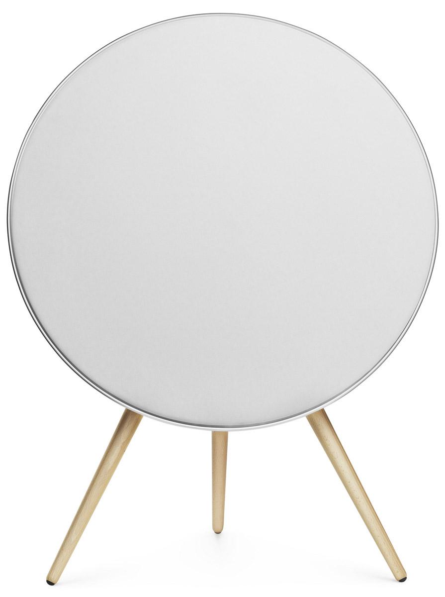 Bang & Olufsen BeoPlay A9, White портативная акустическая система1200219Мощная одномодульная аудиосистема Bang & Olufsen BeoPlay A9, поддерживающая беспроводные технологии AirPlay и DLNA, имеет культовый дизайн, элегантный внешний вид и великолепное звучание.BeoPlay A9 обеспечивает превосходный звук, настолько мощный, что заполнит даже самый просторный дом, а ее интегрированная система адаптации звука в помещении идеально отрегулирует воспроизведение в соответствии с положением аудиосистемы в комнате.Продукт, уже названный классикой дизайна, при этом способен совершенствоваться благодаря различным уникальным вариантам индивидуализации, которыми он обладает. Легко меняйте панели динамиков различных цветов и ножки из разных пород дерева в соответствии с вашим стилем.Модель имеет встроенный модуль Wi-Fi, поддерживает подключение по Bluetooth (4.0) и функцию AirPlay для беспроводного проигрывания аудио с устройств на базе ios. Присутствует поддержка протокола DLNA для интеграции в локальную сеть и воспроизведения файлов, хранящихся на серверах или компьютерах. Доступны веб-сервисы Spotify Connect, Deezer и Tuneln. Управлять AC можно с помощью приложения BeoMusic Арр через устройства с ios или Android.Сенсорное управлениеДля регулировки уровня громкости достаточно провести ладонью по верхней кромке тыльной панели спикера вправо или влево. С помощью сенсоров можно управлять воспроизведением и приглушать звук. Имеется индикация питания, режимов работы и подключения к WLAN/Bluetooth.В тыльной части корпуса под крышкой имеется углубление, в котором находится гнездо для шнура питания, кнопка сброса настроек, кнопка установки Wi-Fi-соединения и переключатель, позволяющий выбрать DSP-настройки звучания для АС в зависимости от места ее установки (обычное расположение, в углу или на стене).Динамики: 1 х 8 (сабвуфер), 2 х 3 (СЧ-динамик), 2 x 3/4 (твитер)Усилители: 1 х 160 Вт (НЧ), 2 х 80 Вт (СЧ), 2 х 80 Вт (ВЧ)