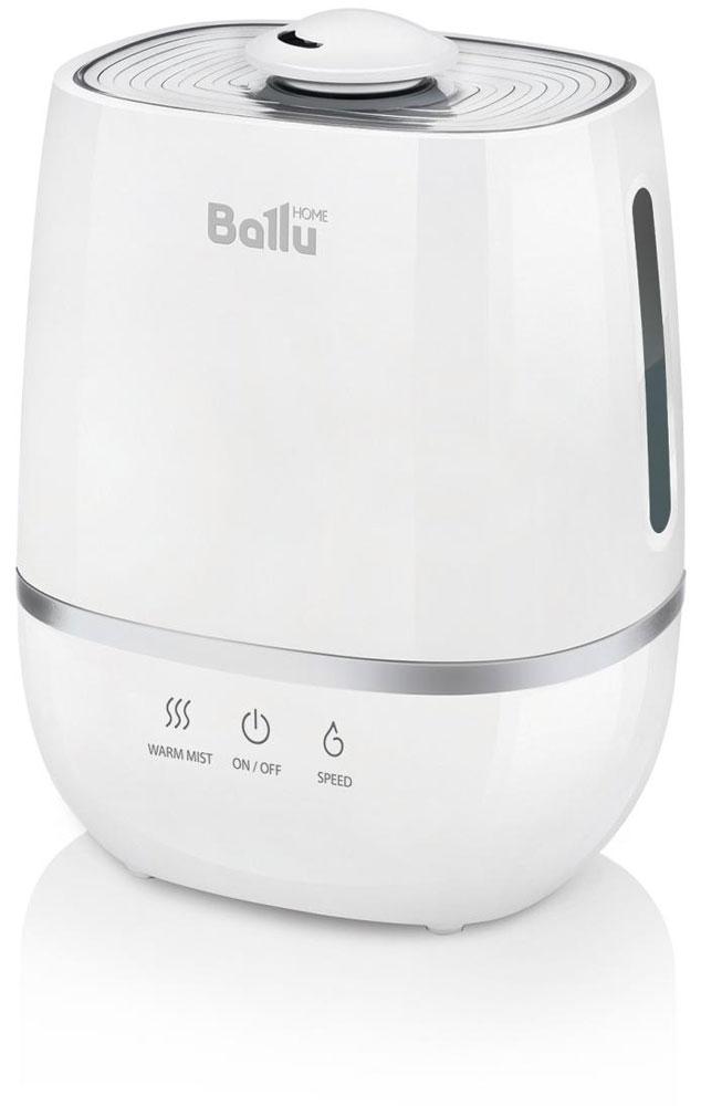 Ballu UHB-805 увлажнитель воздухаНС-1073556Ультразвуковой увлажнитель воздуха Ballu UHB-805 работает в 2-х режимах увлажнения – холодный и теплый пар. Увлажнитель обеспечивает мягкое увлажнение посещения площадью до 30 м2, и поддерживает правильный микроклимат в доме. Капсула для ароматических масел поможет наполнить комнату любимым ароматом. Правильная влажность в комнате и ароматерапия благоприятно влияют на самочувствие и сон человека. Ballu UHB-805 прост и удобен в эксплуатации - для увлажнения можно заливать водопроводную воду. Благодаря входящему в комплект фильтру-картриджу Ballu FC-310 вода очищается от излишков солей жесткости. Противоскользящие резиновые ножки препятствуют скольжению прибора и предохраняют поверхности от повреждений.Фильтр предварительной очистки воздуха очищает воздух от крупных фрагментов пыли и защищает внутренности прибора от загрязнения. Распылитель 360° Индикация низкого уровня воды Капсула для ароматических масел Фильтр предварительной очистки воздуха ...