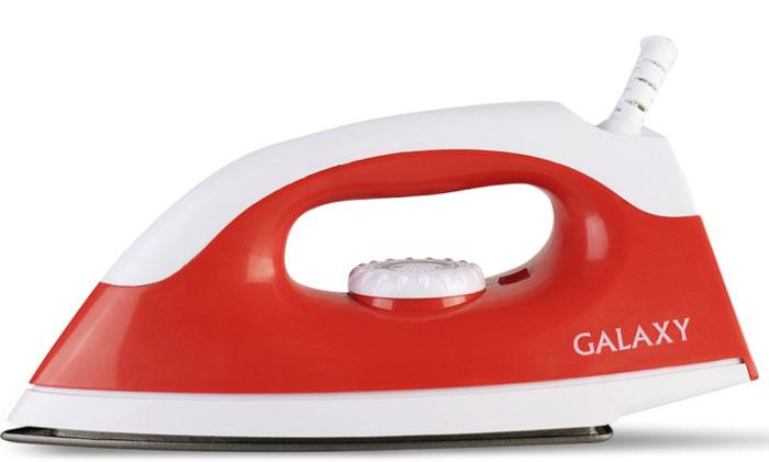 Galaxy GL 6126, Red утюг4650067300641_красныйПодошва утюга Galaxy GL 6126 произведена из нержавеющей стали и оснащена антипригарным покрытием, упрощающим уход и позволяющим быстро проглаживать деликатные виды тканей. Устройство оснащено защитой от перегрева. Утюг максимально прост в использовании и предназначен исключительно для сухой глажки. Ручка устройства удобна для удержания и не скользит в руке. Подошва имеет заостренный носик, благодаря чему проглаживание складок в труднодоступных местах стало еще удобнее.