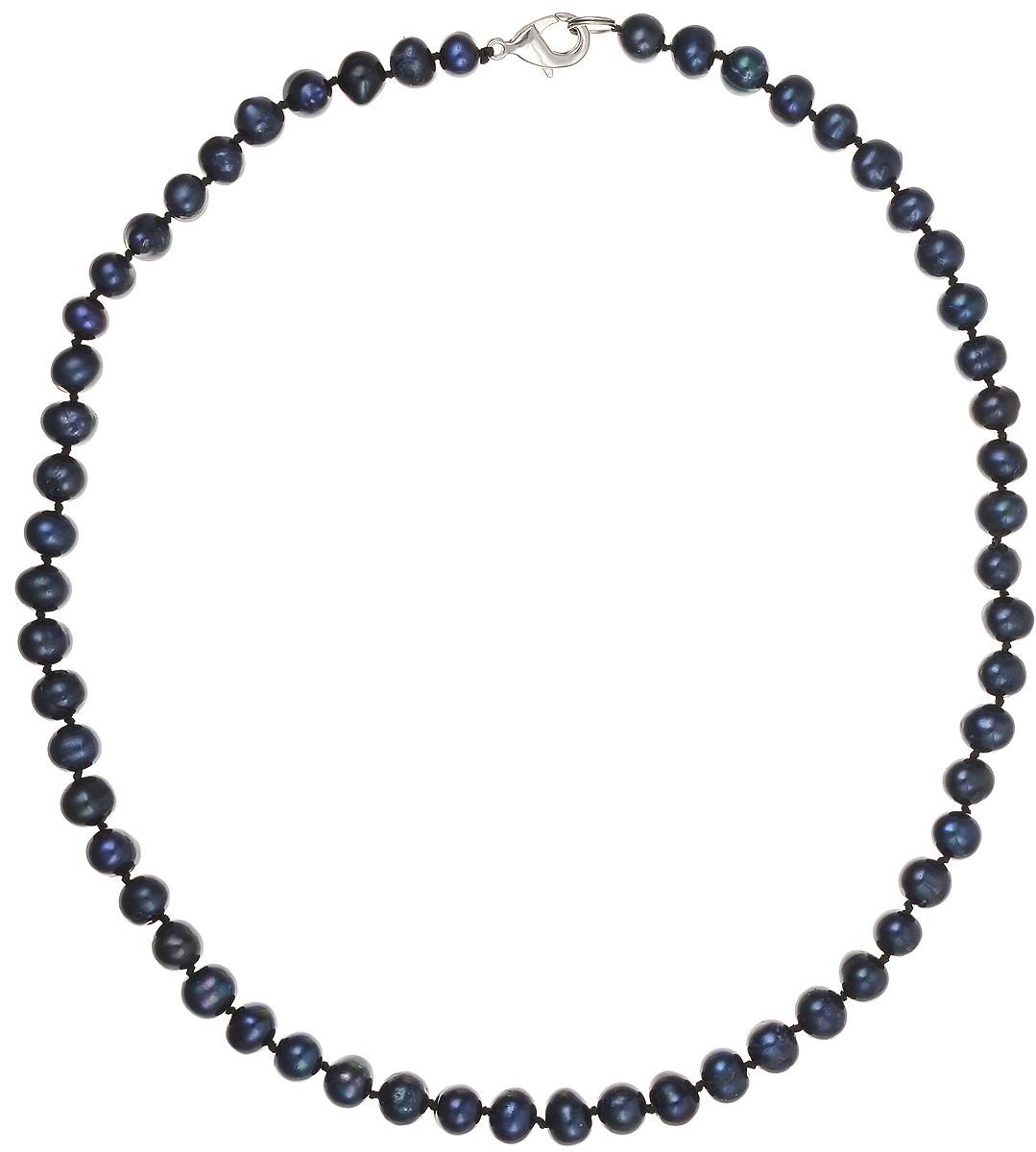 Бусы Art-Silver, цвет: синий, длина 45 см. КЖ7-8А45-414КЖ7-8А45-414Бусы Art-Silver подчеркнут изящество и непревзойденный вкус своей обладательницы. Они выполнены из бижутерного сплава и культивированного жемчуга диаметром 7 мм. Изделие оснащено удобным замком-карабином. Культивированный жемчуг — это практичный аналог природного жемчуга. Бусинки из прессованных раковин помещаются внутрь устрицы и возвращаются в воду. Когда бусины покрываются перламутром, их извлекают из моллюска. Форма жемчужины получается идеально ровной с приятным матовым блеском.
