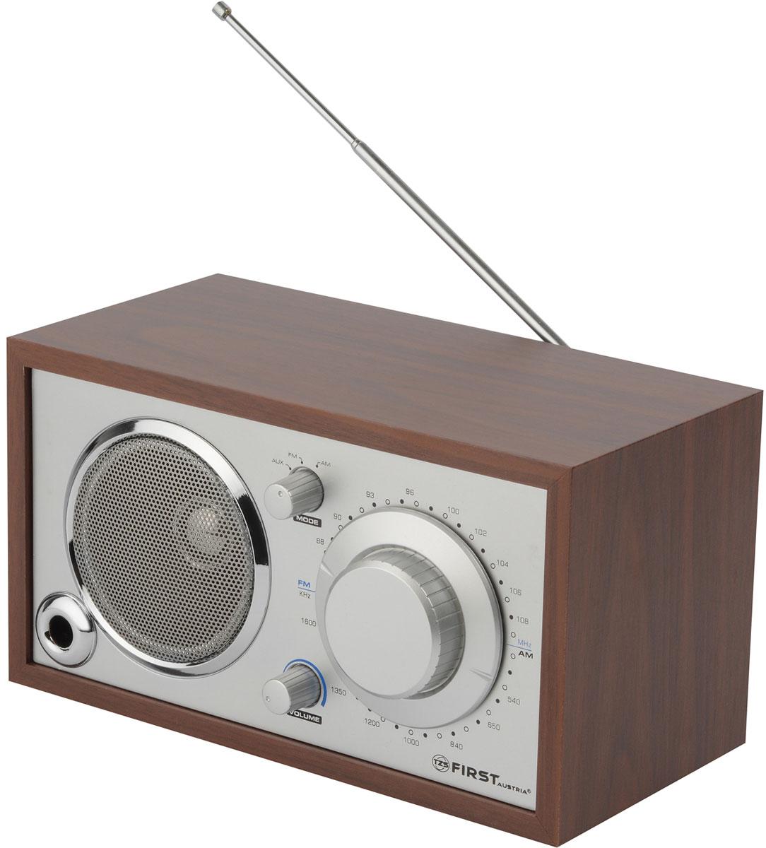 First FA-1907, Silver Wood радиоприемникFA-1907 Silver/woodFirst FA-1907 - компактный недорогой радиоприемник с поддержкой диапазонов AM и FM. Приемник обладает удобной ручкой для переноски и телескопической антенной. Для подключения дополнительных аудио-устройств имеются линейный аудиовход и разъем для наушников. Питание осуществляется от сети.