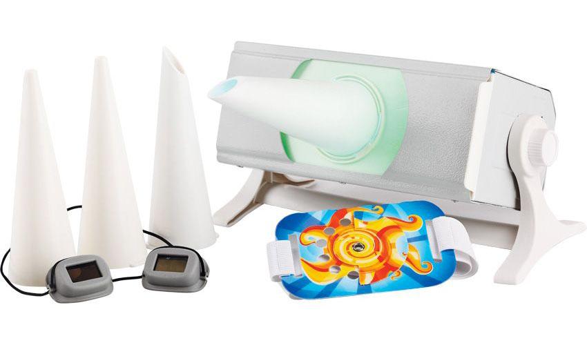 Солнышко Облучатель ультрафиолетовый ОУФд-0100000084Облучатель ультрафиолетовый ОУФд-01 Солнышко предназначен для лечебного и профилактического облучения в детской практике в лечебных и лечебно-профилактических учреждениях, а также в домашних условиях. Имеет пластиковый корпус, комплектуется защитными очками, рассчитанными на детский размер, а также биодозиметром Горбачева для определения индивидуальной биодозы с учетом физиологических особенностей пациента.• Облученность в эффективном спектральном диапазоне соответствует таблице. Таблица – Облученность ОУФд-01 Солнышко Вид облучения Номинальное значение, Вт/м2 При общем облучении на расстоянии 0,7м от облучаемой поверхности не более 0,04 При локальном облучении на срезе тубуса O5мм не менее 0,8 При локальном облучении на срезе тубуса O15мм не менее 0,8 При локальном облучении на косом срезе 60? не менее 0,8 Потребляемая от сети питания мощность не более 30 Вт.; Cтабилизация параметров прибора происходит в течение 10 минут после начала свечения УФ лампы; Режим работы: непрерывная работа в течение 15 минут с последующим перерывом не менее 30 минут; Габаритные размеры облучателя ОУФд-01 Солнышко 260х140х130 мм; Масса комплекта не более: 1 кг; По электробезопасности облучатель относится к классу защиты II тип BF ГОСТ Р 50267.0-92; Напряжение питания (220 ± 22)В, (50 ± 0,5)Гц.Комплектация Ультрафиолетовый кварцевый Облучатель ОУФд-01 Солнышко; Очки защитные для детей; Насадка с выходным отверстием O5 мм; Насадка выходным отверстием O15 мм; Насадка с выходным отверстием под углом 60°; Биодозиметр; Руководство по эксплуатации; Инструкция по применениюПоказания к применениюОбщее ультрафиолетовое облучение показано для: повышения сопротивляемости организма к различным инфекциям, в том числе гриппу и другим ОРВИ; профилактики и лечения рахита у детей, беременных и кормящих женщин, особенно в районах Заполярья или в районах с малым количеством солнечной радиации; лечения воспалительных заболеваний внутренних органов (особенно
