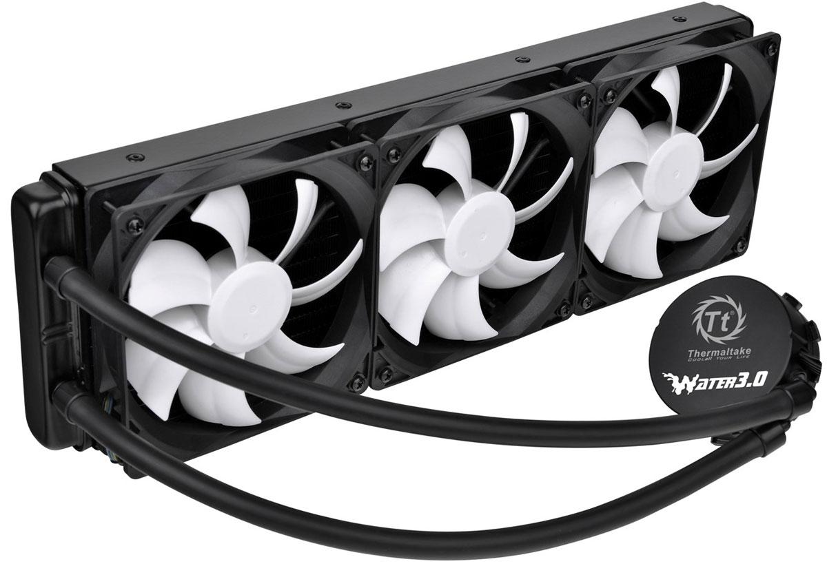 Thermaltake Water 3.0 Ultimate система охлаждения для игрового компьютераCL-W007-PL12BL-AСистема охлаждения Thermaltake Water 3.0 Ultimate создана специально для нужд компьютерных энтузиастов ценящих высочайшую производительность и эффективное охлаждение. Благодаря 360 мм охлаждающему радиатору, ваш центральный процессор будет нагреваться гораздо меньше в самых экстремальных условиях разгона, что позволит по максимуму раскрыть потенциал вашего ПК. Water 3.0 Ultimate - самая производительная в линейке Water 3.0, не требует обслуживания и долив жидкости в процессе эксплуатации. Совместима со всеми современными процессорными разъемами. Выполненный из меди массивный теплосъемник позволяет наиболее быстро отводить тепло с поверхности центрального процессора, при этом его размер достаточно мал, что позволяет улучшить воздухопоток внутри корпуса. Специально спроектированный 360 мм радиатор для быстрого охлаждения центрального процессора. Возможность установки до 6-и 120мм вентиляторов. В качестве активного охлаждения...