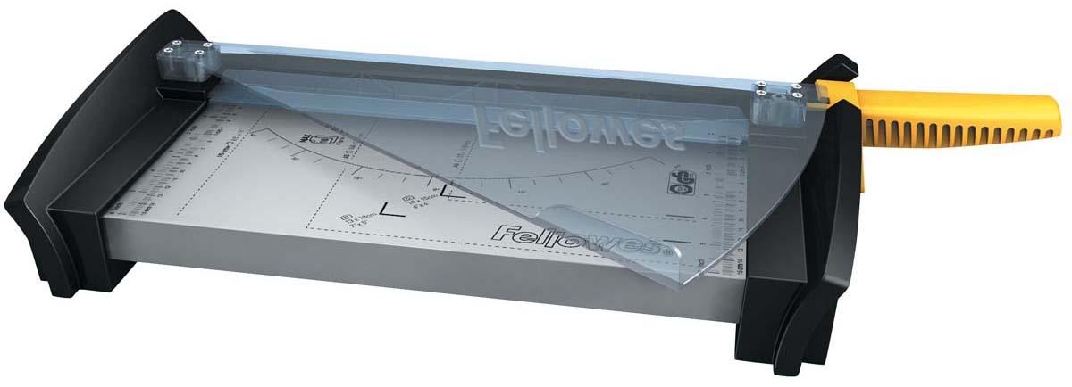 Fellowes Fusion A4 резак сабельныйFS-54108Резак сабельный SafeCut™ Fusion A4 идеален для частого использования дома или в малом офисе. Длина реза 320мм, стопа 1мм (10 листов 80гр/м2). Запатентованный SafeCut™ защитный экран предотвращает вероятность прикосновения пользователя к ножу резака во время работы. Защитный экран уже установлен, перед использованием его необходимо развернуть, что снимает проблему его неправильной установки. Без развернутого защитного экрана, резак не работает. Качественные лезвия из нержавеющей стали. Прочное металлическое основание на нескользящих ножках. .