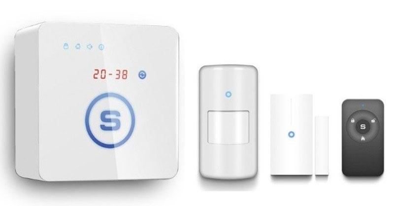 Sapsan GSM Pro 5S комплект беспроводной GSM-сигнализации1238Sapsan GSM Pro 5S - домашняя миниатюрная беспроводная сигнализация, которая охраняет помещение, контролирует температуру, передает информацию о состоянии помещения и работоспособности датчиков и сигнализации. Модель оборудована сенсорными кнопками управления, с изменяемой подсветкой мягкого синего цвета, LED дисплеем с пятью 7-ми секторными индикаторами, на котором отображаются время, температура, номер тревожных зон, сервисная информация и прочее. Корпус системы небольшого размера, чуть больше пачки сигарет, имеет приятное покрытие soft touch, не пачкается и легко впишется в любой интерьер. Наличие в системе распространенного разъема micro USB дает возможность подключить систему к персональному компьютеру и осуществить настройку прибора с помощью программного обеспечения, которое входит в комплект поставки. Любая из 12 радиоканальных зон может работать как в обычном режиме так и в режиме 24 часа (предназначенной специально для аварийных...