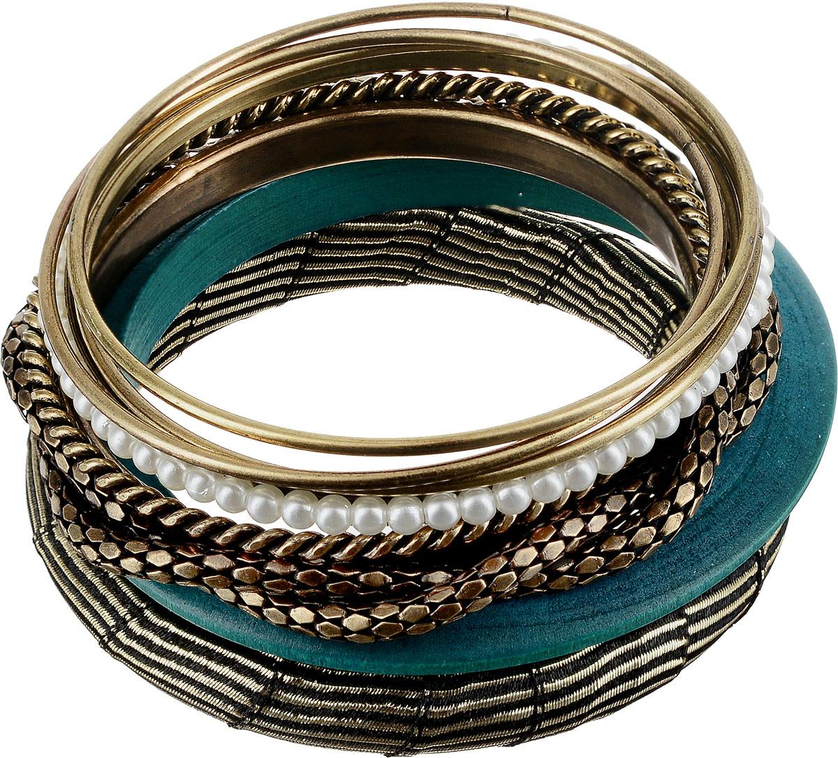 Набор браслетов женский Art-Silver, цвет: золотой, 8 шт. 50-21252-56439881|Браслет с подвескамиНабор браслетов от Art-Silver состоит из восьми браслетов: три гладких выполнены из бижутерного сплава, браслет из дерева, массивный браслет с текстильным покрытием дополнен металлизированной нитью, два рифленых браслета из бижутерного сплава, браслет с жемчугом из бижутерного сплава.
