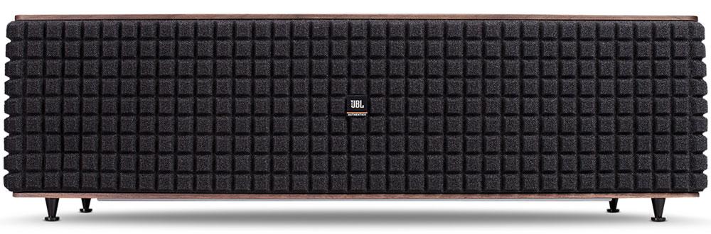 JBL Authentics L16, Black Red портативная акустическая системаJBLL16SPWLNEUАкустическая система JBL Authentic L16 с возможностями беспроводного воспроизведения в едином корпусе возрождает традиции.Вдохновением для этой модели послужила легендарная акустика JBL Century L100. В JBL Authentic L16 успешно сочетаются классический дизайн и современные беспроводные технологии. Деревянный корпус, обшитый натуральным красным деревом, исключительное качество воспроизведения и беспроводное подключение к широкому спектру устройств с помощью AirPlay, DNLA и Bluetooth. Дополнительные возможности работы L16 с аналоговыми, оптическими устройствами и предусилителями проигрывателей виниловых дисков делают эту модель настоящим шедевром в плане универсальности.Она настолько же удобна, насколько мощна: технология NFC позволяет создать подключение по Bluetooth, просто прикоснувшись к корпусу. С бесплатным приложением JBL MusicFlow очень просто настроить акустическую систему и управлять ей с мобильного устройства на базе iOS или Android.Встроенные USB-порты позволяют заряжать любые совместимые мобильные устройства. 300 Вт номинальной мощности, фирменные НЧ- и ВЧ-динамики JBL, современные технологии цифровой обработки сигнала и рабочий диапазон частот от 40 Гц до 35 кГц: JBL Authentic L168 — это широкополосный звук и достойная стереопанорама в корпусе средних размеров. Технология Clari-Fi от Harman восстанавливает все нюансы звучания, утерянные при сжатии музыкальных файлов, которое так популярно в наши дни, оживляя и обогащая даже низкокачественные записи. Неудержимый звук и универсальная совместимость: с JBL Authentic L16 технологии будущего становятся классикой.