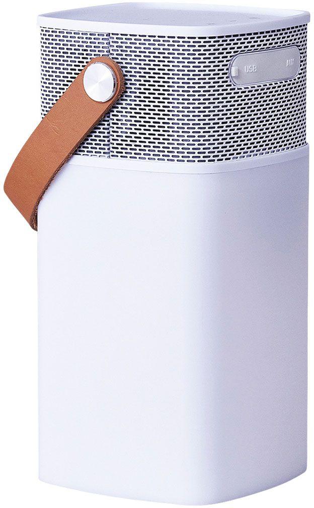 Kreafunk aGLOW, White беспроводная портативная колонкаKfhs01aGLOW – это не только мощная портативная колонка, но еще и стильный светильник. В корпус встроен микрофон для совершения hands free звонков, а также предусмотрен диммер, позволяющий регулировать и настраивать световое сопровождение. Колонка совместима с любым смартфоном или устройством, оснащенным Bluetooth-гарнитурой. Основной плюс колонки - до 20 часов работы без подзарядки. Можно наслаждаться любимой музыкой целый день! Колонка aGLOW станет стильным дополнением в интерьере гостиной или офиса, а также будет идеальным компаньоном на пикнике, в походе или на outdoor вечеринке. Благодаря водонепроницаемому корпусу колонку можно использовать на улице даже в непогоду. aGLOW можно также использовать в качестве зарядного устройства. Поставляется в стильной деревянной упаковке, украшенной словами Луи Армстронга: «Вся музыка создана людьми. Я никогда не слышал, чтобы лошадь пела песни». Технические характеристики: Встроенный перезаряжаемый литиевый аккумулятор с емкостью 4400 мA/ч...