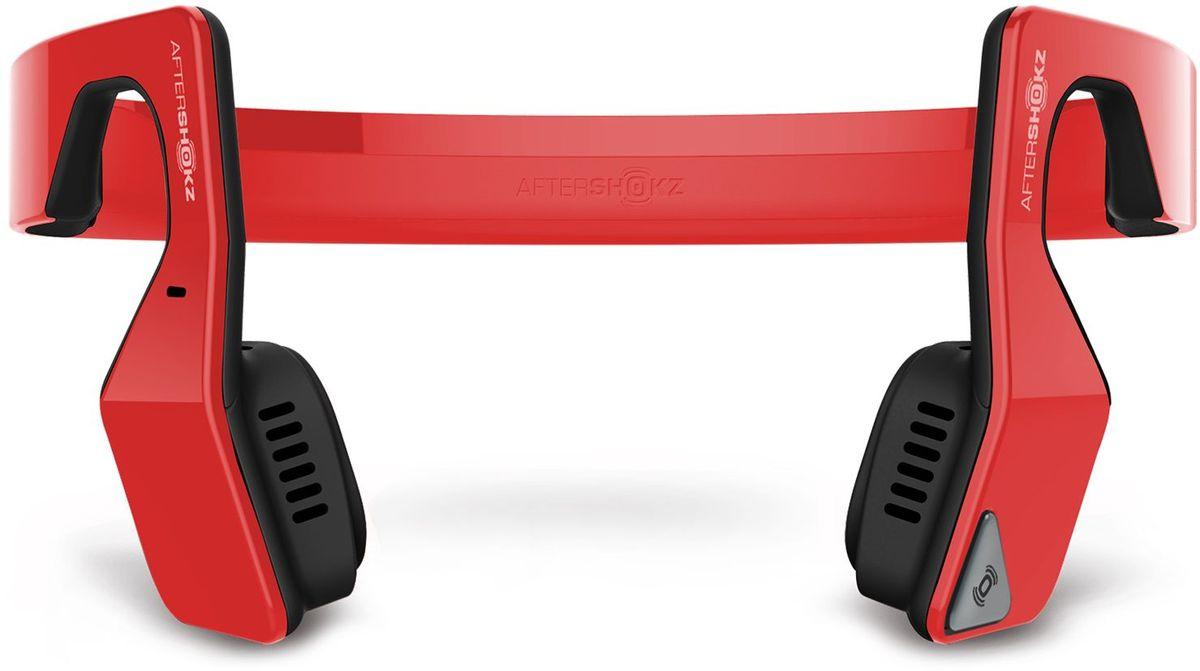 Aftershokz AS500S, Red беспроводные наушникиAS500SRAfterShokz Bluez 2S – обновленная версия наушников с технологией костной проводимости и беспроводной передачей сигнала по протоколу Bluetooth. Главное достоинство AfterShokz Bluez 2S - в возможности восприятия окружающего пространства. Пользователь в наушниках с костной проводимостью одновременно слышит и воспроизводимую музыку, и одновременно все, что происходит вокруг него. Платформа: Android, IOS, Windows, прочие с поддержкой Bluetooth 3.0 Тип наушников: беспроводные Тип крепления: затылочная дужка Технология передачи звука: на основе костной проводимости Режим звука: стерео Диапазон: 20 Гц – 20 кГц Максимальное звуковое давление: 100 +/- 3 дБ Встроенный микрофон: есть Чувствительность микрофона: 40 дБ +/- 3 дБ Тип подключения: Bluetooth v. 3.0 Рабочая температура: от 0 до 45 ? Защита: IP55 Поддерживаемые профили: Advanced Audio Distribution Profile (A2DP) Audio/Video Remote Control Profile (AVRCP) Headset Profile (HSP) Hands-Free Profile (HFP) Радиус действия: до 10 м...