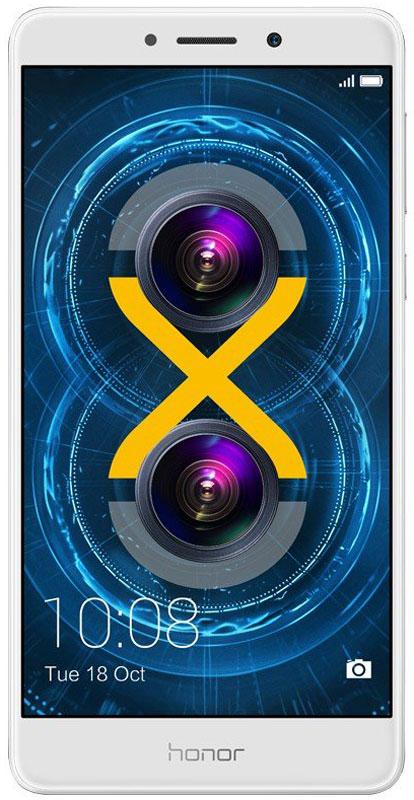 Huawei Honor 6X, Gold51091BFDСмартфон Huawei Honor 6X – ваш надежный помощник в процессе общения и отдыха.Двойная основная камера 12 Мпикс + 2 Мпикс позволит вам почувствовать себя настоящим фотографом. Запечатлейте лучшие моменты вашей жизни в высочайшем качестве.Эффект размытого фона и возможность изменять точку фокусировки на уже сделанных фото, благодаря двойной камере и широкому диапазону диафрагмы.Высочайшее качество цветопередачи, яркость и чистота изображений достигаются благодаря большому размеру пикселей – 1,25 µм, а технология изоляции пикселей и процессор обработки изображений Prim обеспечивают высочайшее качество снимков.Фронтальная камера 8 Мпикс снабжена широкоугольным объективом 77° и процессором обработки изображений Prim. Определение лиц и специальное программное обеспечение для съемки селфи перевернут ваше представление о фото, снятых фронтальной камерой.Honor 6X оснащен 8-ядерным процессором Kirin 655, созданным по технологии 16 нм, и 3 ГБ оперативной памяти. Это позволит вам играть, работать в Интернете, слушать музыку и использовать множество приложений одновременно без задержек.Батарея с увеличенной емкостью 3340 мАч позволит работать смартфону дольше, чем обычно. Ваши возможности будут практически безграничны: смартфон поддерживает до 11,5 часов просмотра видео, до 70 часов прослушивания музыки, до 8 часов игр без подзарядки. Больше никаких ограничений.Яркость 5,5 Full HD (1920 x 1080p) экрана достигает 450 нит, плотность пикселей составляет 403 PPI. Изображения на экране яркие и четкие даже под прямыми солнечными лучами.Режим защиты зрения снижает вредоносное УФ-излучение экрана, предотвращая усталость глаз. Прочное стекло с защитой от царапин сохранит отличный внешний вид смартфона надолго.Сканер отпечатка пальца третьего поколения позволяет разблокировать смартфон за 0,3 секунды касанием пальца.Интерфейс EMUI 4.1 предоставляет новые функции: режим нескольких окон, позволяющий открывать несколько приложений одновременно на одном экране, фун